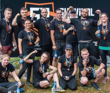 Zwycięska ekipa Pneumat System na Survival Race